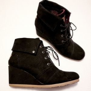 "Mad Love Black Wedge Suede ""Lexie"" Booties, Size 9"